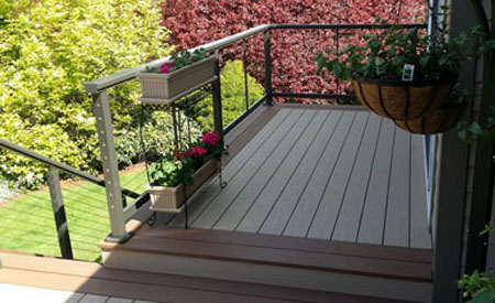 What Problems Should be Paid Attention to When Laying WPC Decking on Ceramic Tiles?